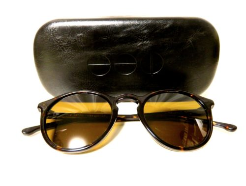 KOMONOのサングラス