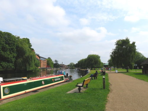River Avon and Road