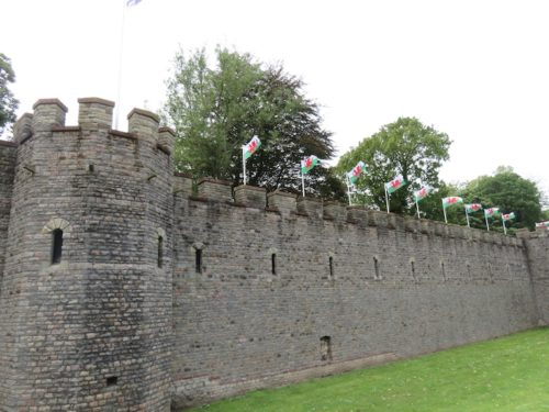 Wall of the Cardiff Castle2