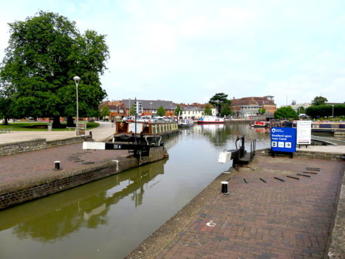 Water gate and canal in Stratford