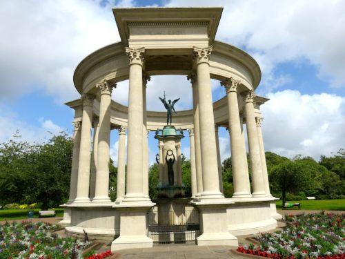 Welsh National War Memorial Statue, Alexandra Gardens, Cardiff, Wales
