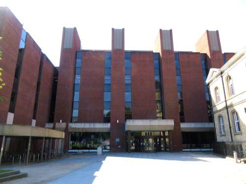 マンチェスター大学, 図書館