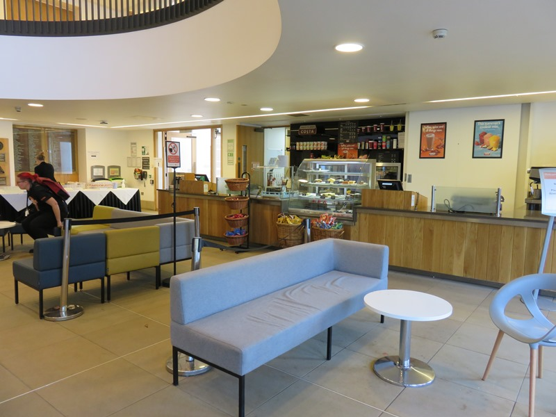 バーミンガム大学グレートホールのカフェ