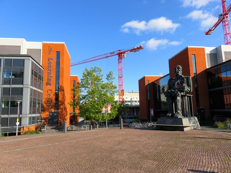 バーミンガム大学のウエストゲート