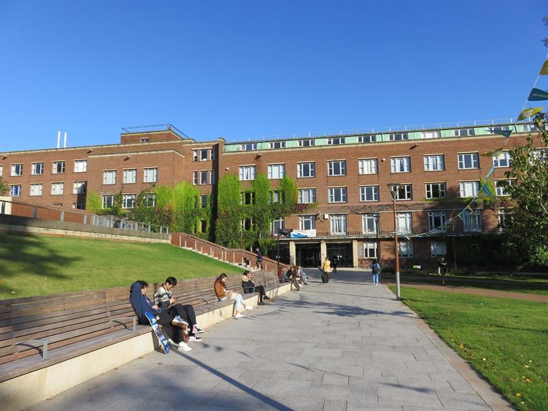 バーミンガム大学のオープンスペース