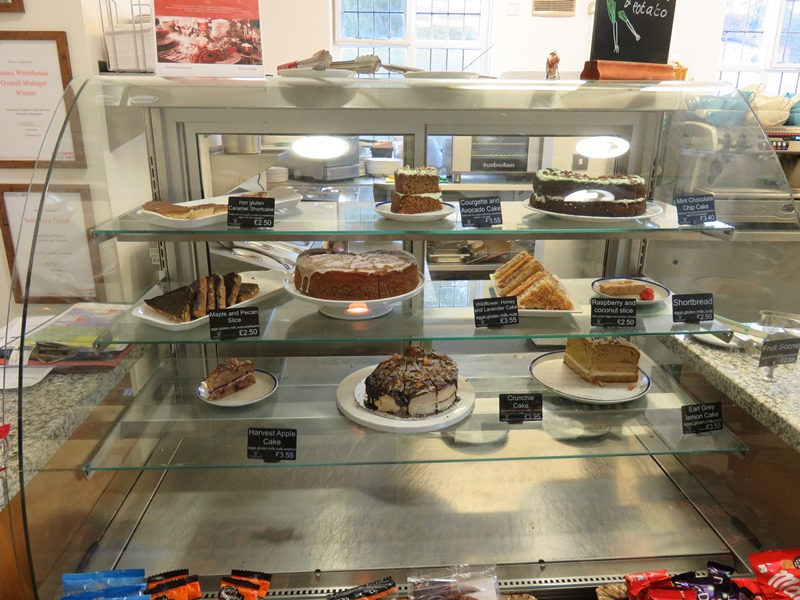 ウィンターボーン・ハウスガーデンのケーキ
