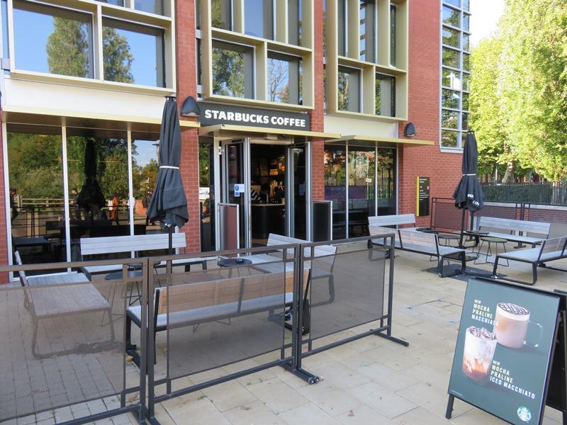 バーミンガム大学のスターバックスコーヒー