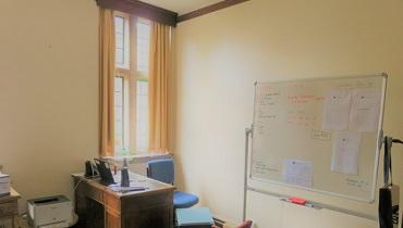 表紙:オックスフォード大学の教授の部屋
