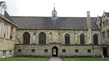 オックスフォード大学キャンパスのカバー
