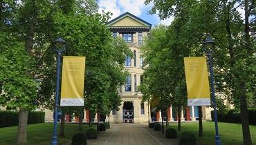 university of cambridge business school_cover