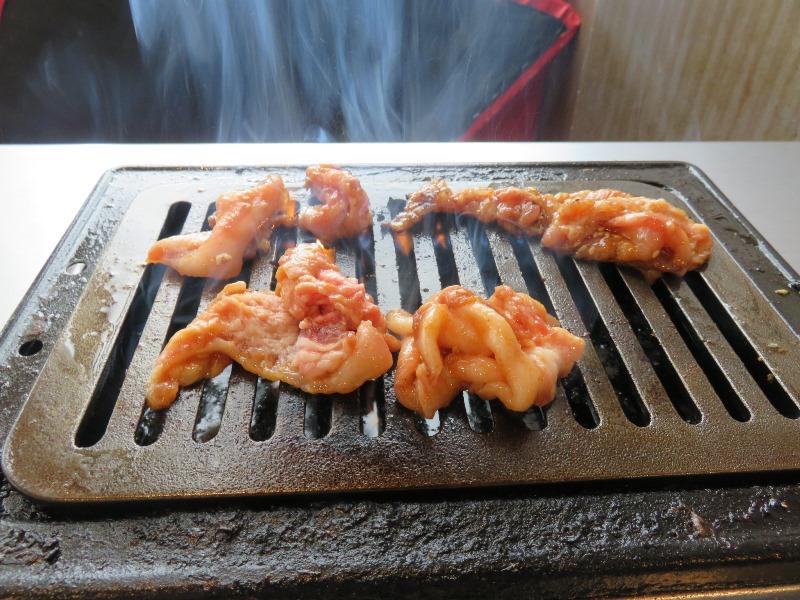 食肉センター神保町のAセット(モモとピートロ)