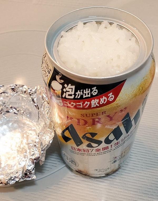 アサヒスーパードライ生ジョッキ缶でおいしいごはんの出来上がり