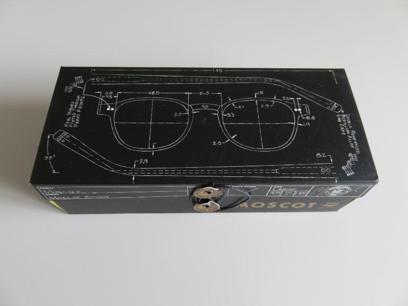 MOSCOTのお洒落なメガネケース