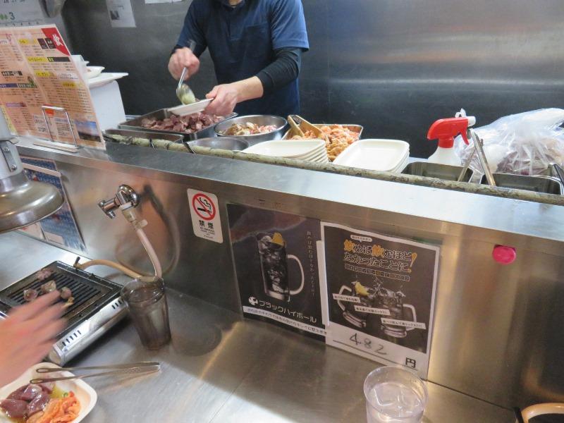 神保町食肉センター赤羽店のカウンター