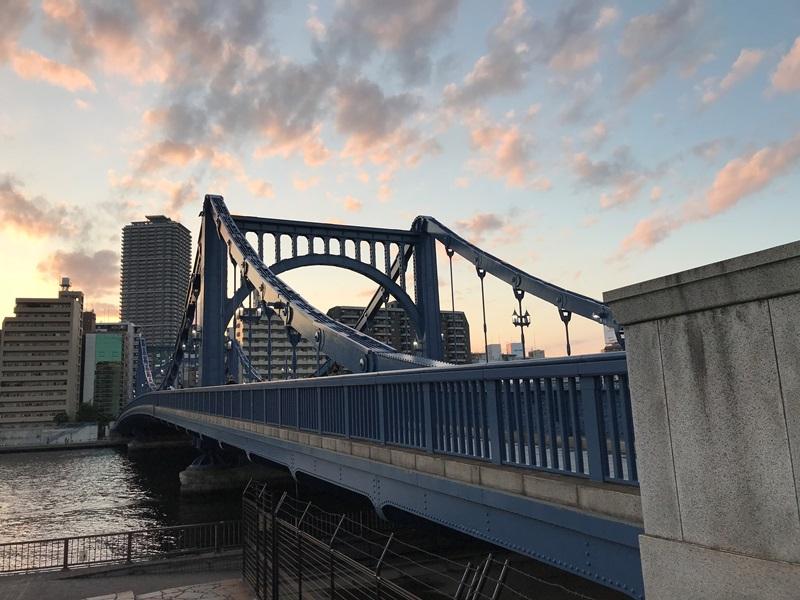 夕暮れの清洲橋