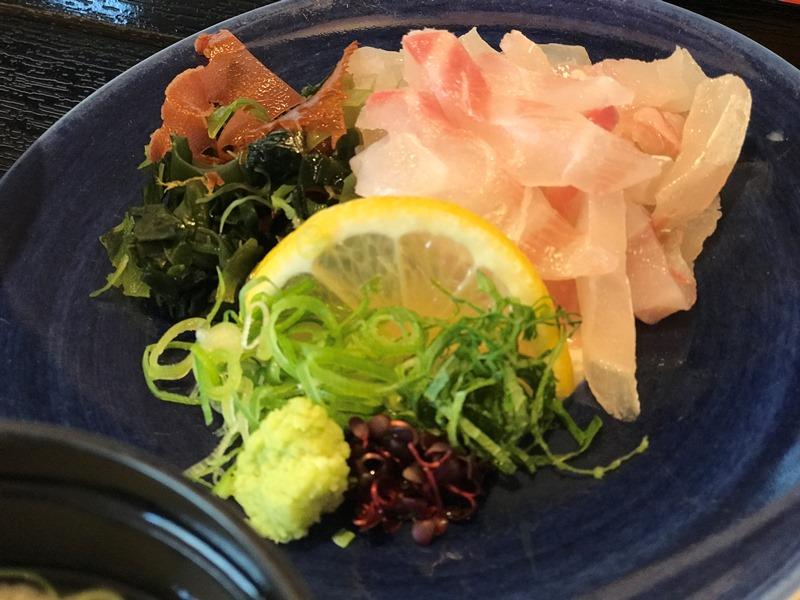宇和島鯛めし丸水の新鮮な真鯛