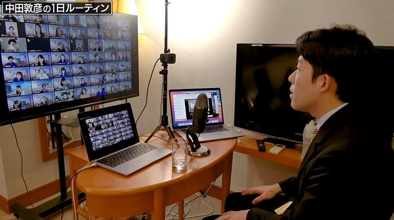 中田敦彦がオンラインサロンで使用しているロジクールのWebカメラ