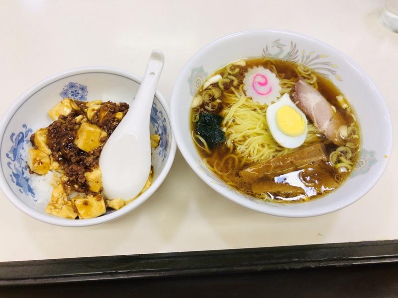 東武練馬の中華料理屋天宝の麻婆丼とラーメン