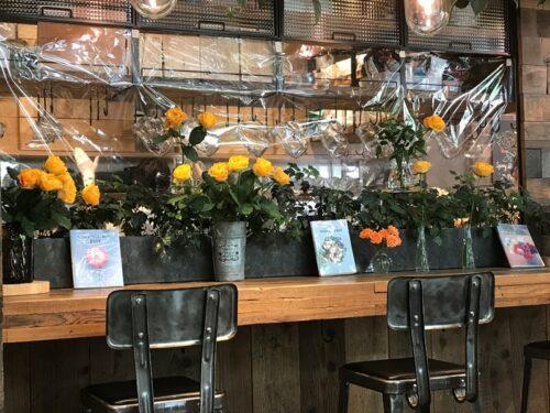 青山フラワーマーケット ティーハウス赤坂Bizタワー店のカウンター席