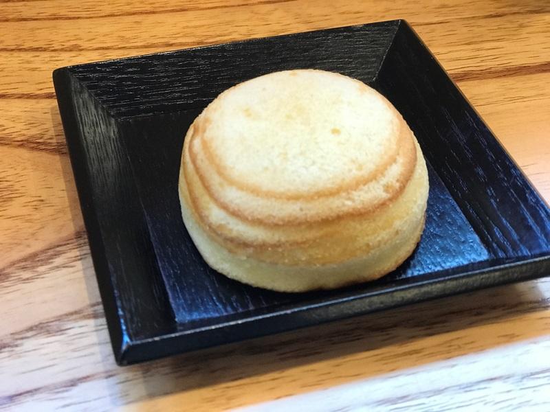 山田屋特製こしあんを使用したドーム型バームクーヘン